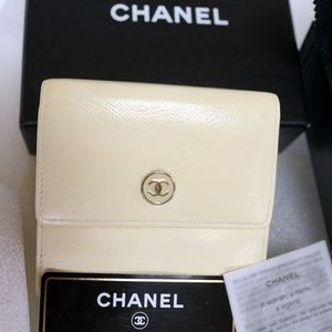 Auth CHANEL Compact Leather Trifold Wallet Case